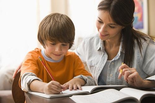 Những tiêu chí để lựa chọn gia sư cho con em mình